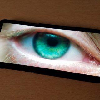インフィニティディスプレイは使いやすい? Galaxy S8+で動画の表示サイズを確認してみた